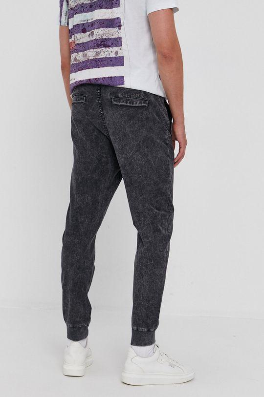 Desigual - Pantaloni  Captuseala: 100% Bumbac Materialul de baza: 98% Bumbac, 2% Elastan