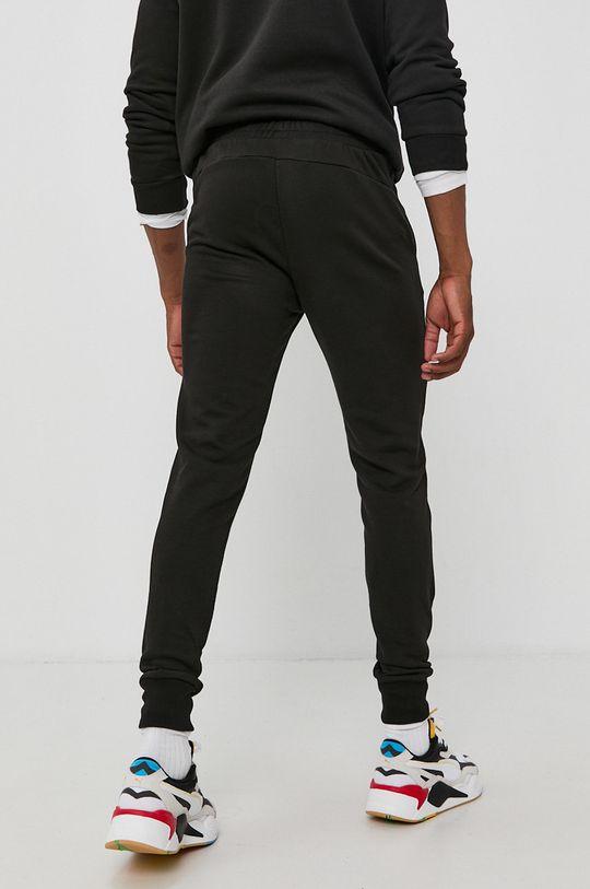 Puma - Spodnie Materiał zasadniczy: 68 % Bawełna, 32 % Poliester, Podszewka kieszeni: 100 % Bawełna, Ściągacz: 97 % Bawełna, 3 % Elastan