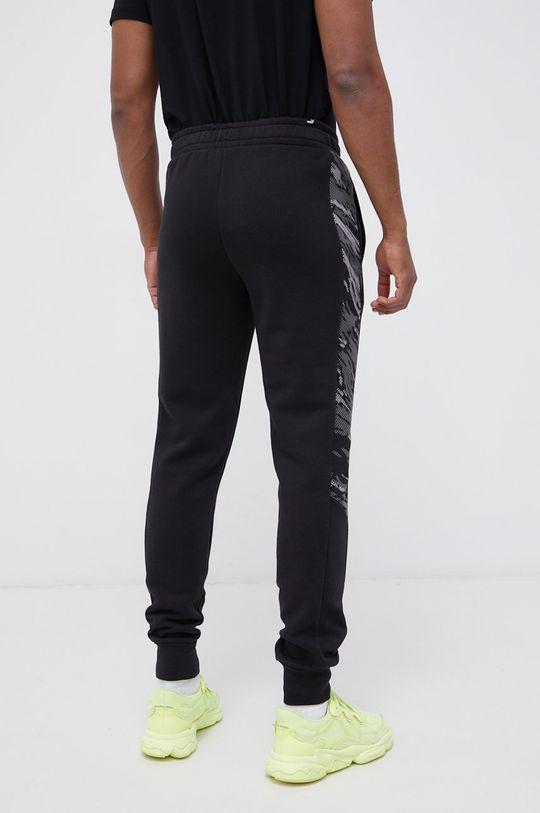 Puma - Spodnie Materiał zasadniczy: 67 % Bawełna, 33 % Poliester, Podszewka kieszeni: 100 % Bawełna, Ściągacz: 97 % Bawełna, 3 % Elastan