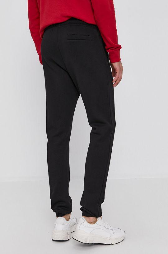 Trussardi - Kalhoty  Hlavní materiál: 100% Bavlna Stahovák: 95% Bavlna, 5% Elastan