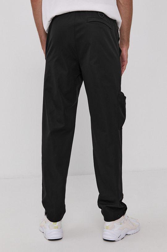 Reebok Classic - Nohavice  Základná látka: 100% Polyester Podšívka vrecka: 100% Recyklovaný polyester