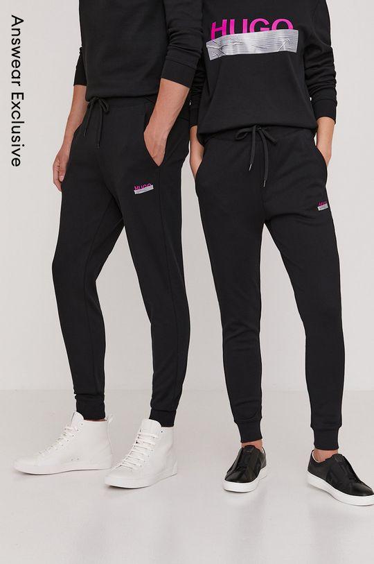 černá Hugo - Kalhoty z narozeninové kolekce Unisex