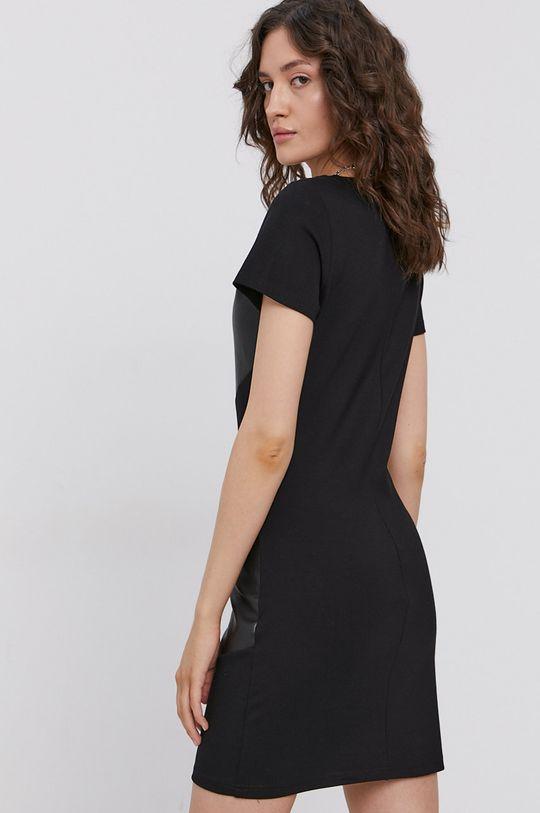Only - Sukienka Materiał 1: 100 % Poliuretan, Materiał 2: 5 % Elastan, 27 % Nylon, 68 % Wiskoza
