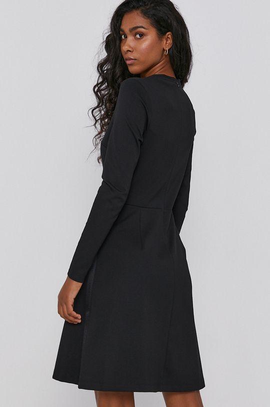 Calvin Klein - Sukienka 4 % Elastan, 77 % Poliester, 19 % Wiskoza
