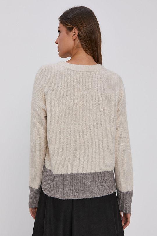 Jacqueline de Yong - Svetr  3% Elastan, 97% Recyklovaný polyester