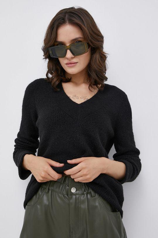 czarny Vero Moda - Sweter z domieszką wełny Damski