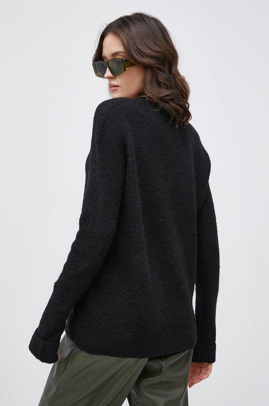 Vero Moda - Sweter z domieszką wełny 22 % Akryl, 4 % Elastan, 9 % Nylon, 12 % Poliester, 3 % Wełna, 50 % Poliester z recyklingu