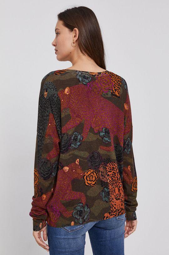 Desigual - Sweter 19 % Poliamid, 81 % Wiskoza, Wskazówki pielęgnacyjne:  prać w pralce w temperaturze 30 stopni, suszyć w stanie rozłożonym, nie wybielać, prasować w niskiej temperaturze, Nie czyścić chemicznie