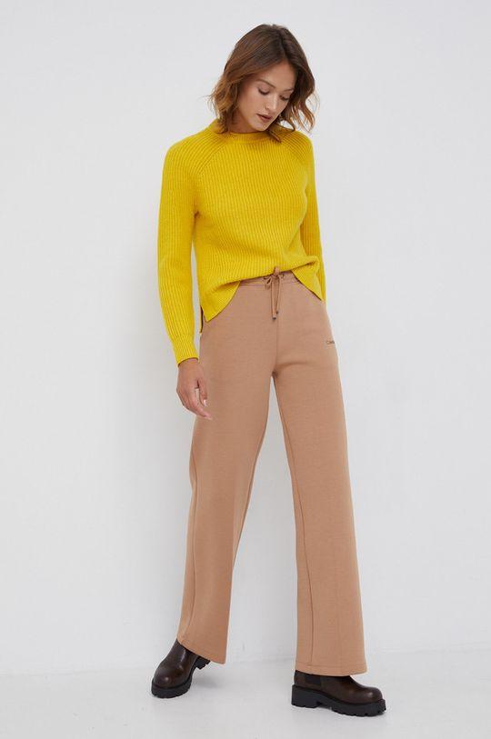 Calvin Klein - Sweter wełniany żółty