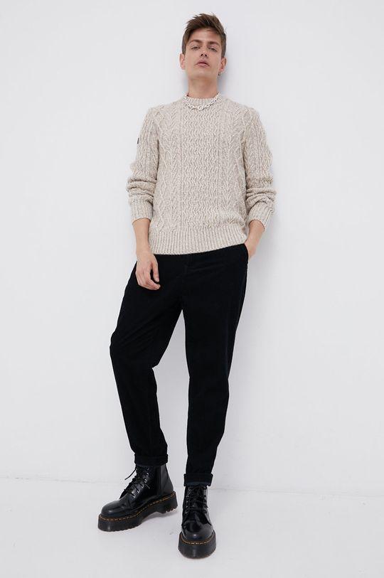 Superdry - Sweter z domieszką wełny kremowy
