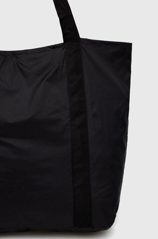 Jack Wolfskin - Poseta  Material 1: 100% Poliester  Material 2: 100% Poliamida