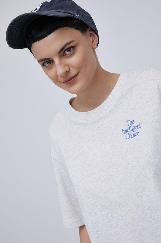 světle šedá New Balance - Bavlněné tričko