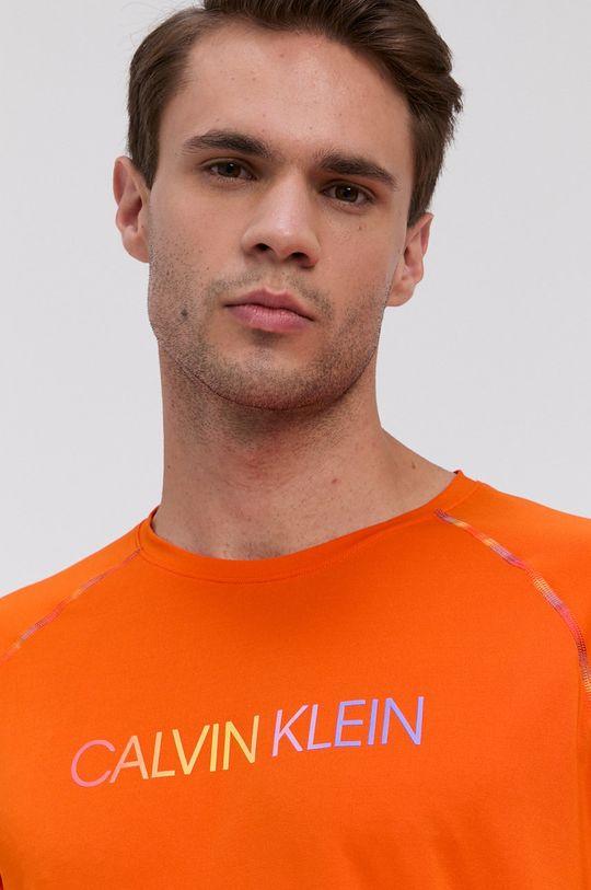 Calvin Klein Performance - T-shirt 18 % Elastan, 82 % Poliester
