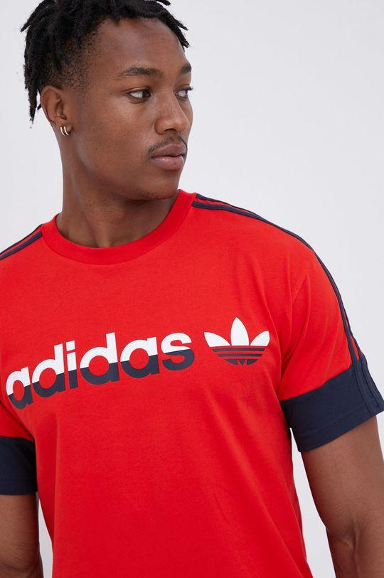 czerwony adidas Originals - T-shirt bawełniany