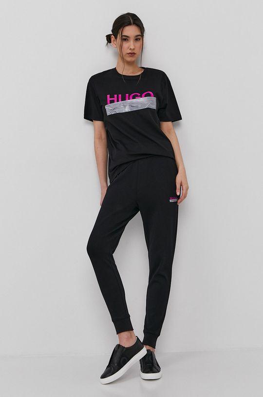 čierna Hugo - Tričko z narodeninovej kolekcie