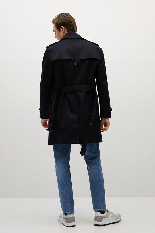 Mango Man - Trench kabát TANGO  Podšívka: 35% Bavlna, 65% Polyester Hlavní materiál: 28% Bavlna, 62% Polyester, 10% Polyuretan Podšívka kapsy: 20% Bavlna, 80% Polyester Podšívka rukávů: 100% Polyester
