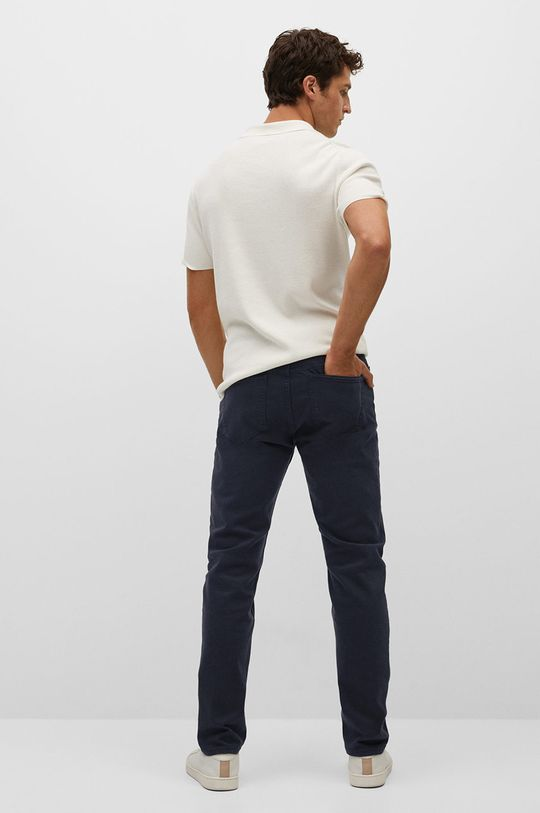 Mango Man - Džíny Ibiza  Hlavní materiál: 99% Bavlna, 1% Elastan Podšívka kapsy: 35% Bavlna, 65% Polyester