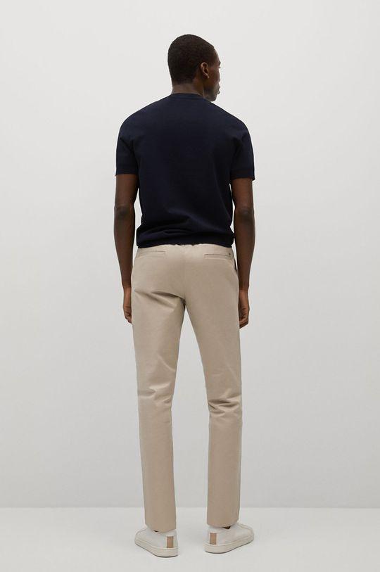 Mango Man - Kalhoty Dublin  Podšívka: 35% Bavlna, 65% Polyester Hlavní materiál: 97% Bavlna, 3% Elastan