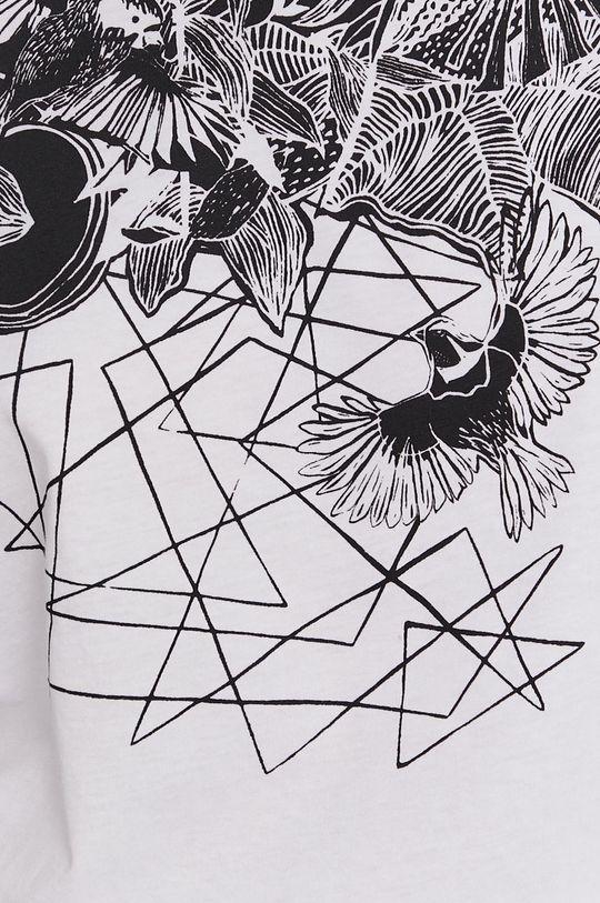 Medicine - T-shirt by Magdalena Parfieniuk
