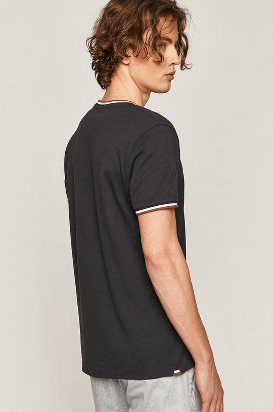 Medicine - T-shirt Comfort Classic <p>T-shirt granatowy: 98% Bawełna, 2% Elastan  T-shirt niebieski/ fioletowy: 59% Bawełna, 39% Poliester, 2% Elastan</p>