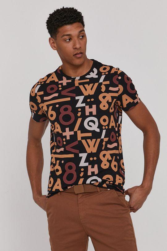 czarny Medicine - T-shirt Bartek Bojarczuk