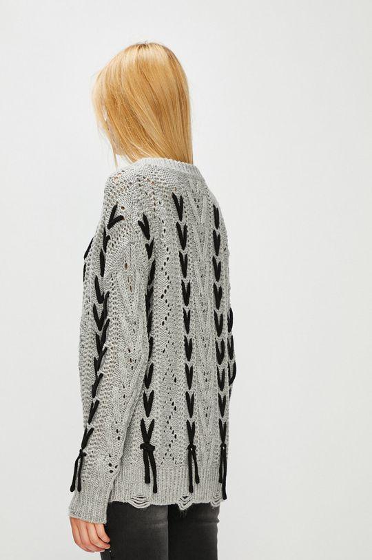 Medicine - Sweter Hand Made <p>Sweter kremowy: 100% Akryl  Sweter szary: 90% Akryl, 10% Poliester</p>