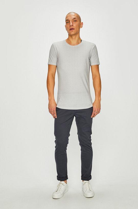 Medicine - Тениска Basic  Основен материал: 98% Памук, 2% Еластан