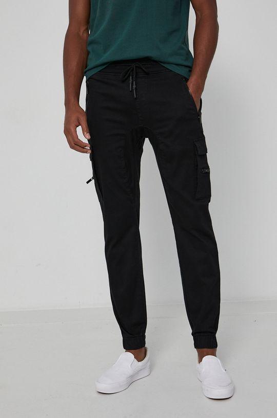 Medicine - Pantaloni Urban Punk  Captuseala: 60% Bumbac, 40% Poliester  Materialul de baza: 98% Bumbac, 2% Elastan