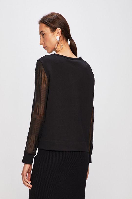 Calvin Klein - Mikina Hlavní materiál: 100% Bavlna Jiné materiály: 100% Polyester