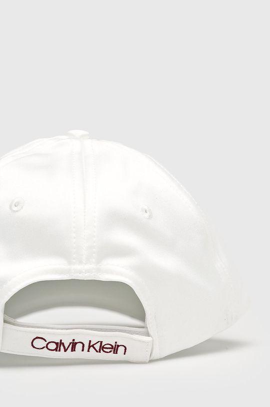 Calvin Klein - Čepice  Hlavní materiál: 5% Elastan, 95% Polyester