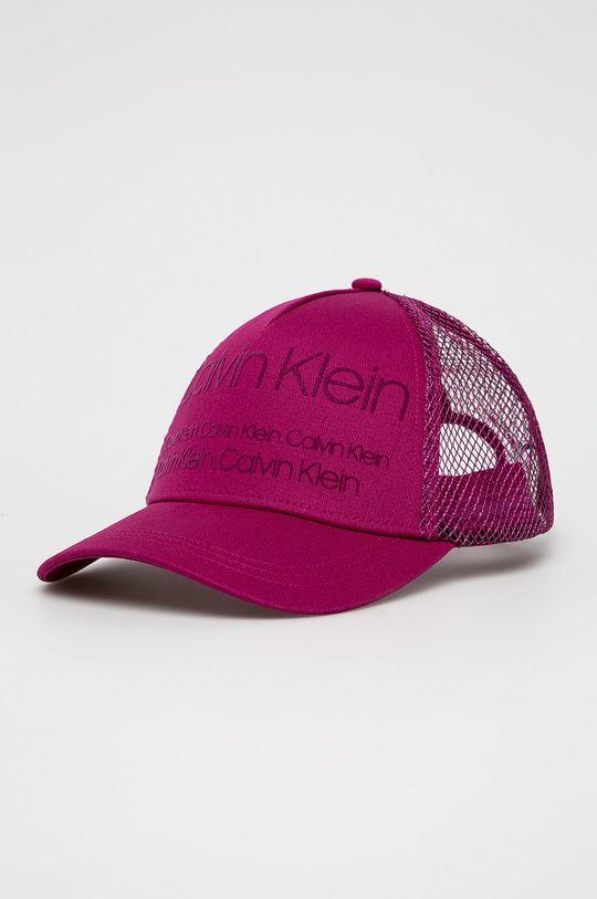 purpurová Calvin Klein - Čepice Dámský