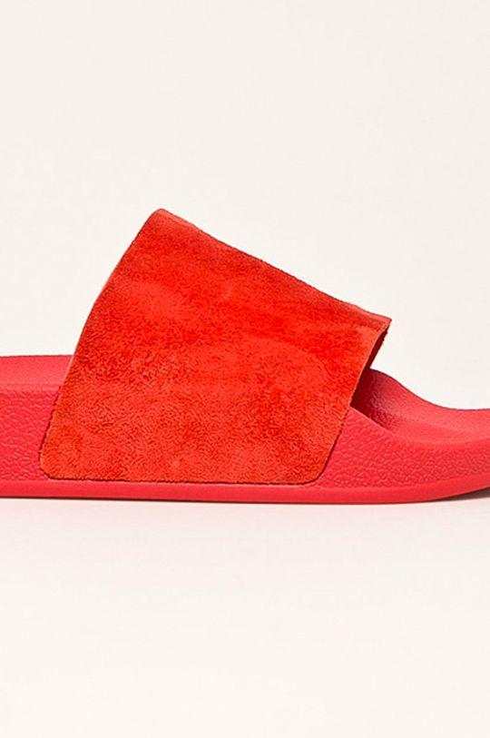 červená adidas Originals - Pantofle