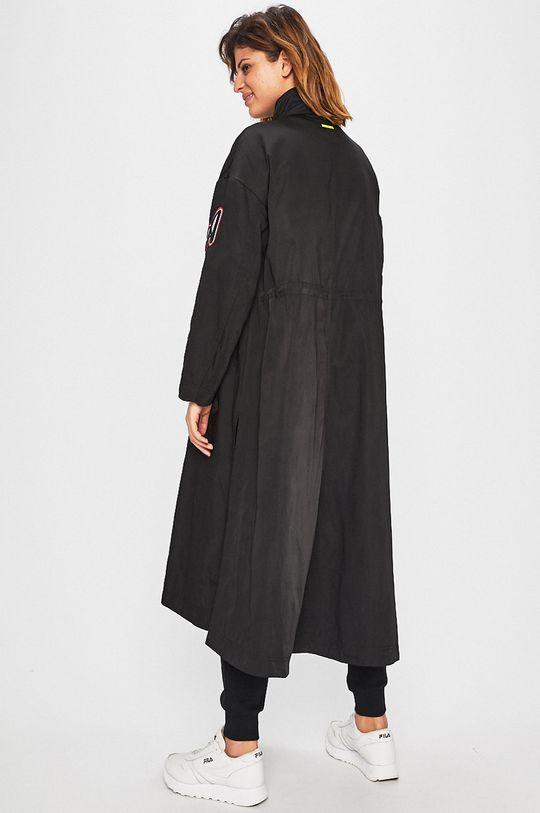 čierna Armani Exchange - Kabát