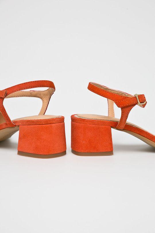 Gioseppo - Sandále <p>Zvršok: Prírodná koža Vnútro: Prírodná koža Podrážka: Syntetická látka</p>