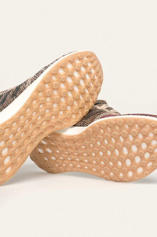 adidas Performance - Topánky Pure Boost Go <p>Zvršok: Syntetická látka, Textil Vnútro: Textil Podrážka: Syntetická látka</p>