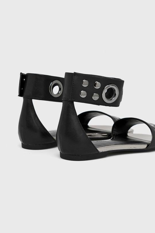Armani Exchange - Sandále <p>Zvršok: Prírodná koža Vnútro: Syntetická látka Podrážka: Syntetická látka</p>
