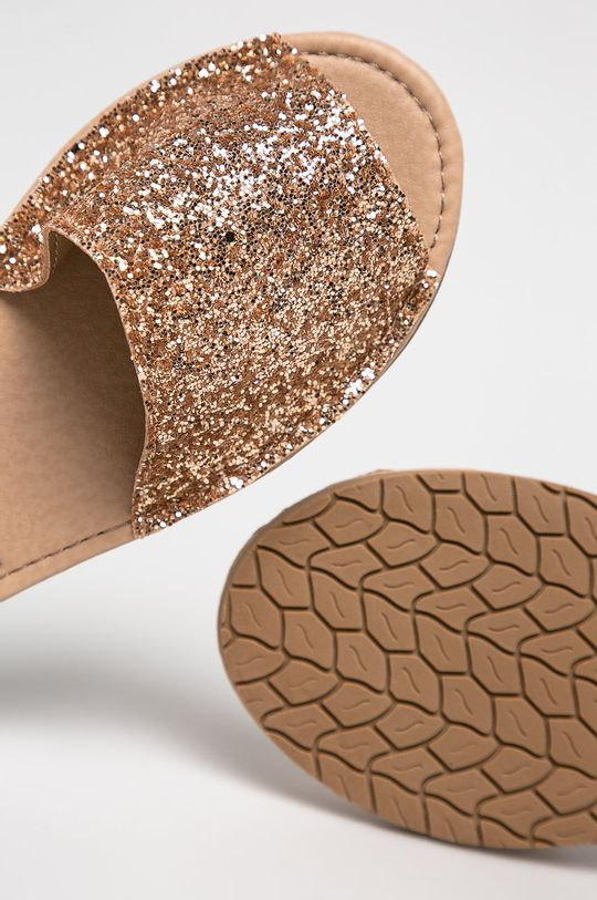 ružovo-červená Truffle Collection - Sandále