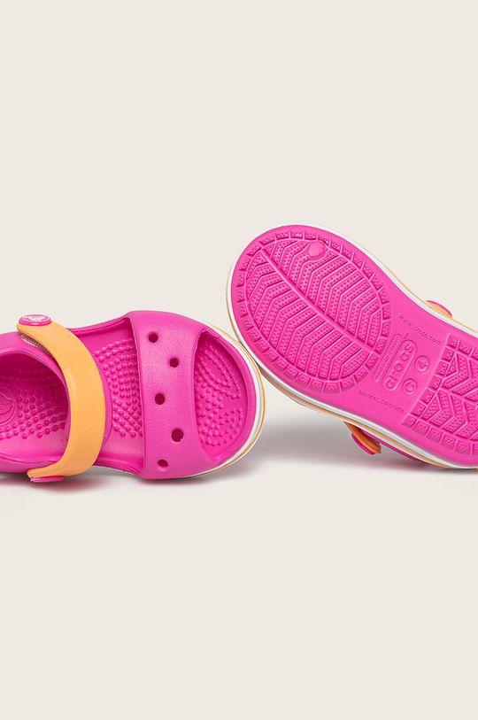 fuchsiová Crocs - Dětské sandály