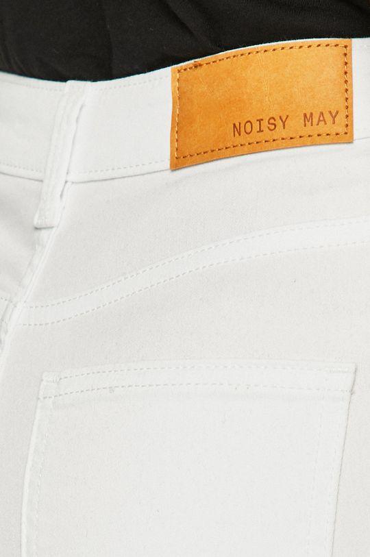 fehér Noisy May - Farmer Lexi