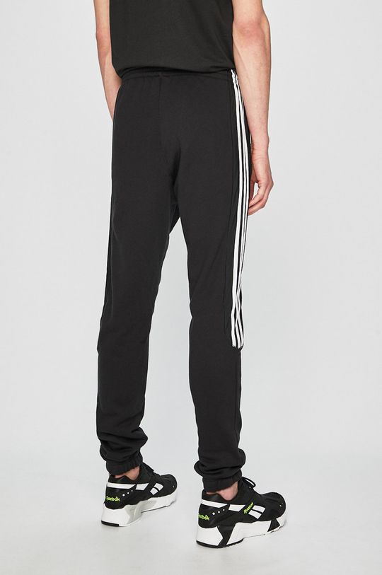 adidas Originals - Pantaloni Materialul de baza: 100% Bumbac Alte materiale: 100% Nailon