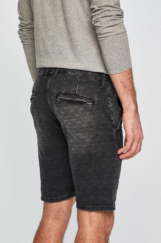 Pepe Jeans - Rövidnadrág Noah Short Checkered  Jelentős anyag: 99% pamut, 1% elasztán Betétek: 35% pamut, 65% poliészter