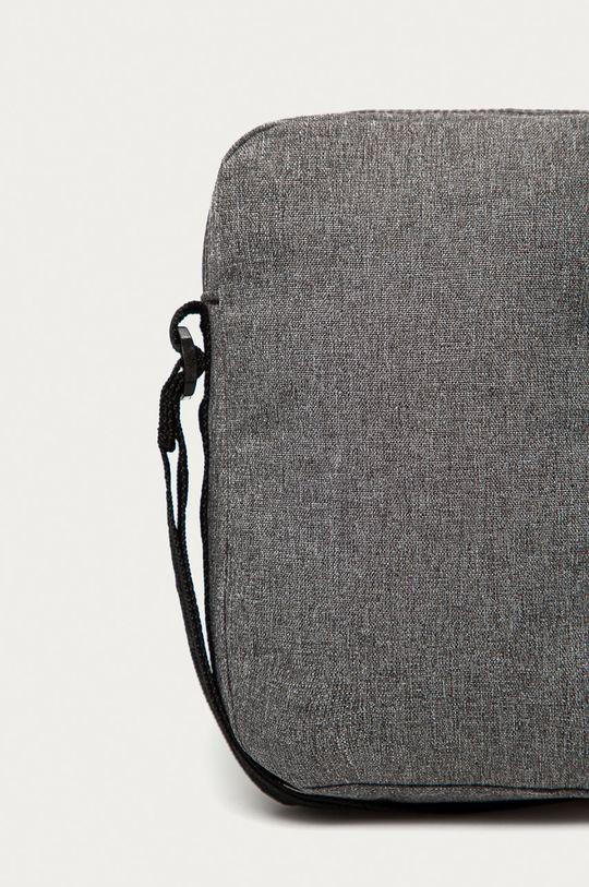 Under Armour - Ledvinka  Hlavní materiál: 100% Polyester