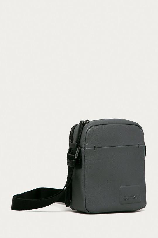 Calvin Klein - Malá taška  Základná látka: 100% Polyuretán 1. látka: 100% Polyuretán 2. látka: 100% Polyester