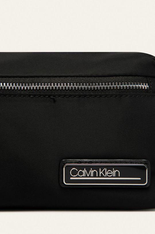 černá Calvin Klein - Kosmetická taška