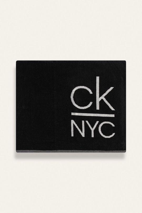 Calvin Klein - Uterák čierna