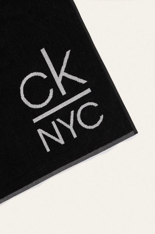 Calvin Klein - Uterák  100% Bavlna