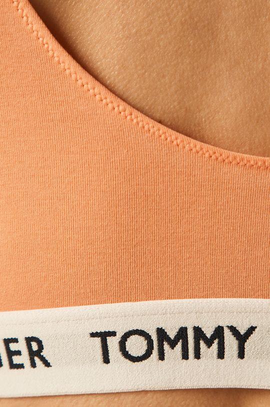 Tommy Hilfiger - Sutien sport <p>  Materialul de baza: 90% Bumbac, 10% Elastan  Finisaj: 40% Bumbac, 11% Elastan, 49% Poliester</p>