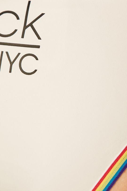 Calvin Klein - Купальні труси  Підкладка: 8% Еластан, 92% Поліестер Основний матеріал: 17% Еластан, 83% Поліамід Оздоблення: 15% Еластан, 64% Поліамід, 21% Поліестер
