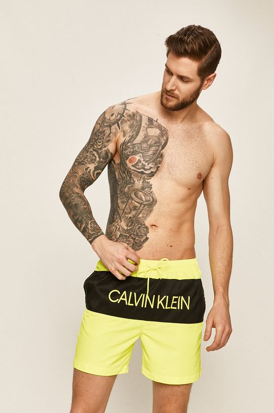 Calvin Klein Jeans - Plavkové šortky žlutá