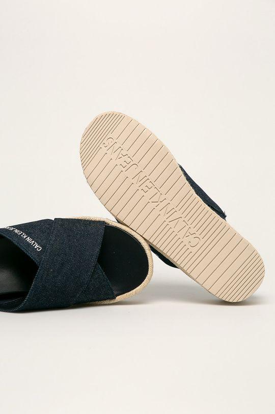 tmavomodrá Calvin Klein Jeans - Šľapky